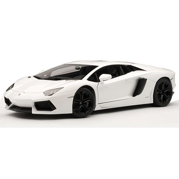 Diecast Lamborghini Aventador white